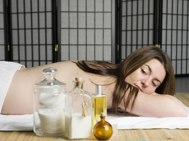 idei-de-cadou-masaj-la-domiciliu