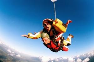 idei-de-cadou-skydiving